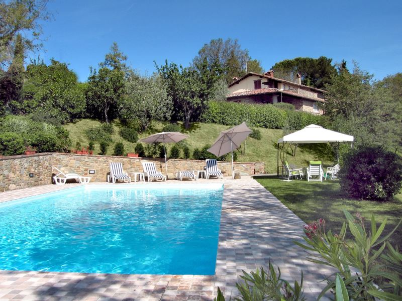 Gli Oleandri sleeps 10 private pool table tennis tuscany