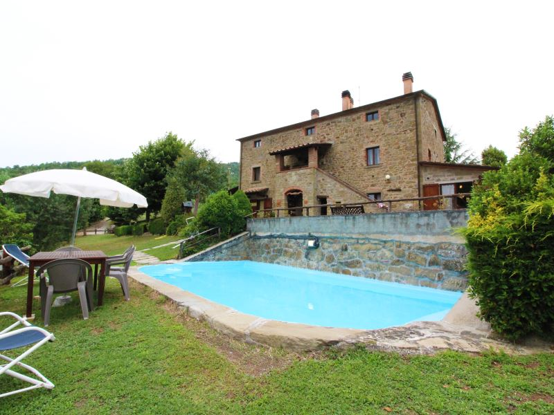 Casale Aiola sleeps 18 private pool tennis and table tennis