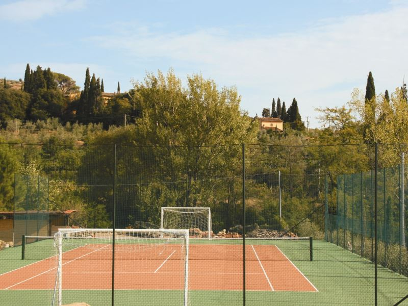 Tennis court for the use of guests staying at Collina dei Fiori