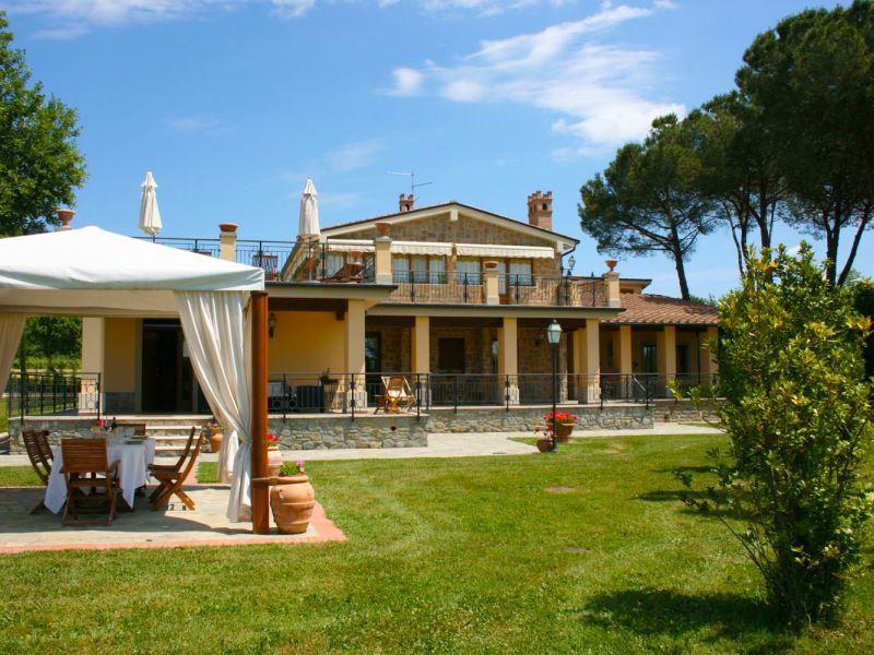 Villa Cappuccini, walk to town, private pool