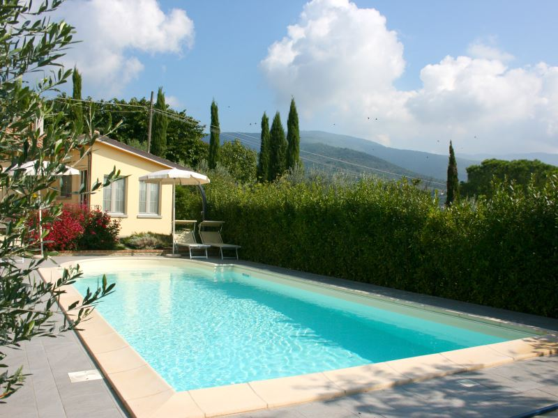 Sleeps 3, pool shared with owner, Casina Paradiso