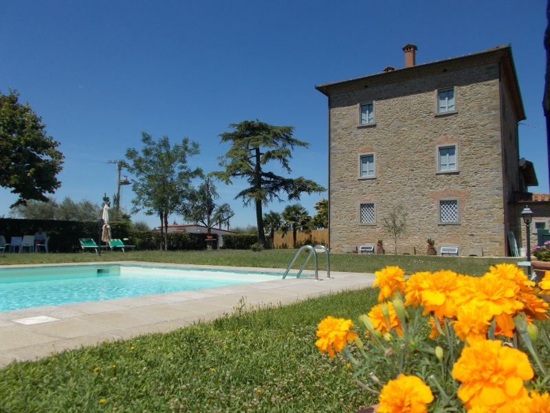 Villa Il Palazzo private pool table tennis cortona sleeps 20