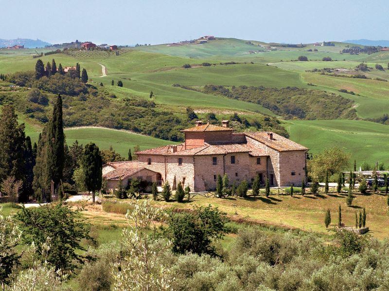 Villa Aia Vecchia sleeps 35