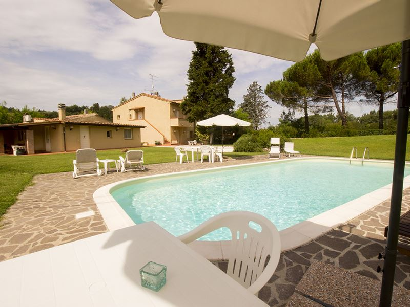 Borgo dell Era sleeps 14 private pool table tennis volterra