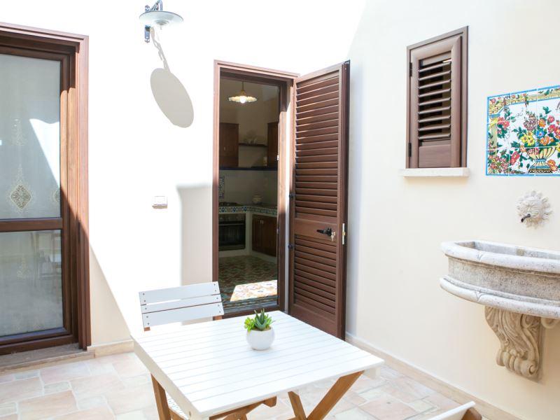 Casa galliano 2 camere da letto in alloggio storico for 24x40 piani casa 2 camere da letto