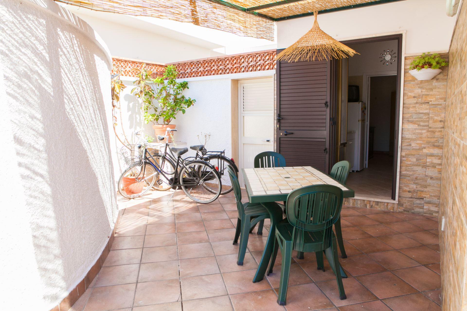 Bilocale Pina, alloggio ristrutturato con giardino