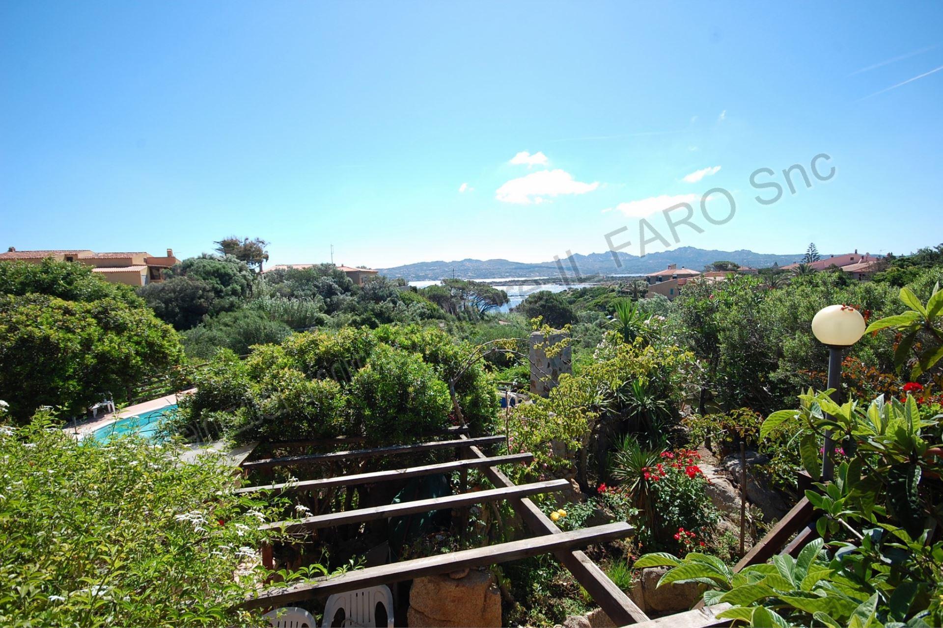 Villa Turchese - ampia terrazza, vista mare e giardino